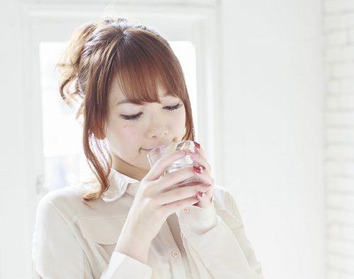 シリカ水は美容と健康に良いって本当?